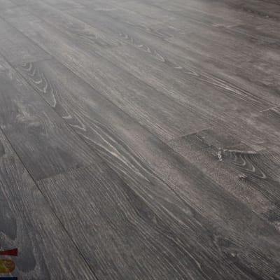 Sàn gỗ công nghiệp Charm S1601