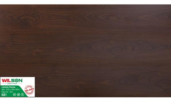 Sàn gỗ Wilson 8mm WS681