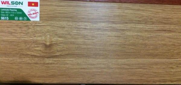 Sàn gỗ Wilson 12ly 9615 mặt bóng