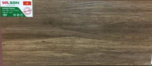 Sàn gỗ Wilson 12ly 107 mặt sần