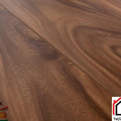 Sàn gỗ Glomax 12mm G121