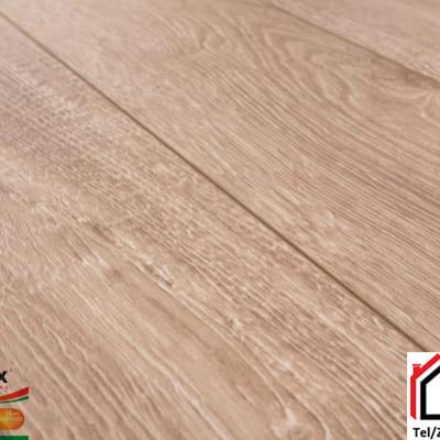 Sàn gỗ Glomax 12mm G124