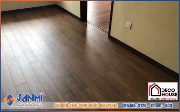 Sàn gỗ 12mm Janmi O120 giá rẻ