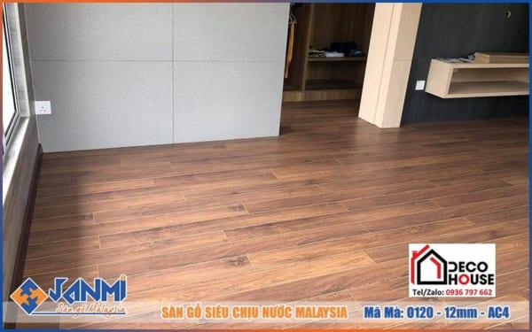 Sàn gỗ chịu nước Janmi 12mm O120