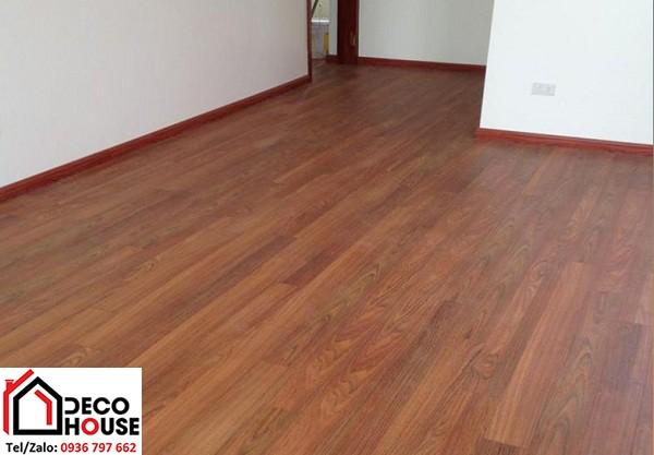Sàn gỗ công nghiệp Janmi T12