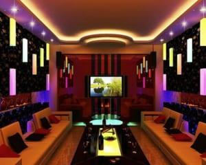 Thi công sàn gỗ công nghiệp cho quán Karaoke sang trọng, hiện đại