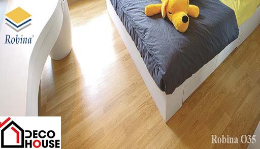 Lát sàn gỗ Robina O35 tại chung cư