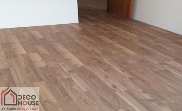 Sàn gỗ công nghiệp Malaysia Robina AC22