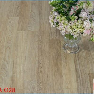 Sàn gỗ Robina 12mm O28 bản lớn