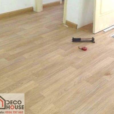 Sàn gỗ Robina 8mm O28