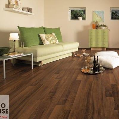 Sàn gỗ Robina 12mm W25