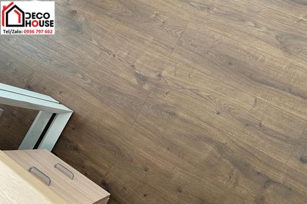 Sàn gỗ Egger EPL 075 10ly đẹp