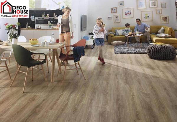 giá sàn gỗ công nghiệp Châu Âu